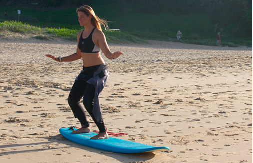 surf-school-skateboard-training-compare-surfing1